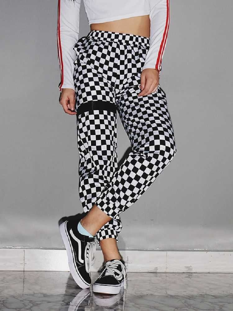 JurllyShe Black And White Checkered Trousers