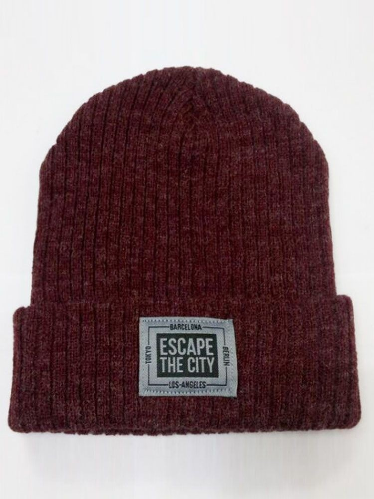 Woven Lable ESCAPETHECITY Knitting Beanie