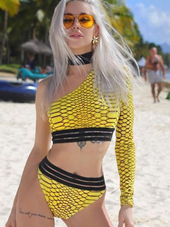 JurllyShe Snake Print Contrast Color One Shoulder Swimsuit With Choker