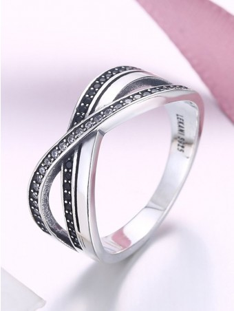 Cross Design Artificial Crystal Ring