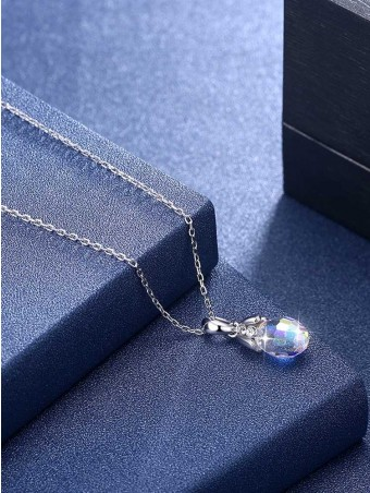 Drop-shaped Crystal Diamante Pendant Necklace