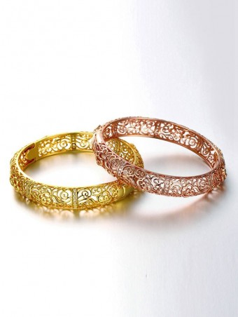 Hollow Out Bangle Bracelet With Zircon