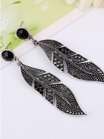 Leaf Shaped Embossed Drop Earrings