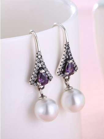 Sector Diamante Pearl Decorated Earing