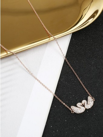 Swans Detail Chain Necklace